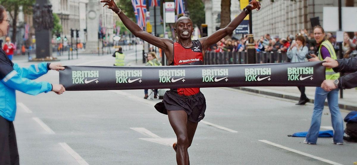 Edwin Kipyego winning British 10k race