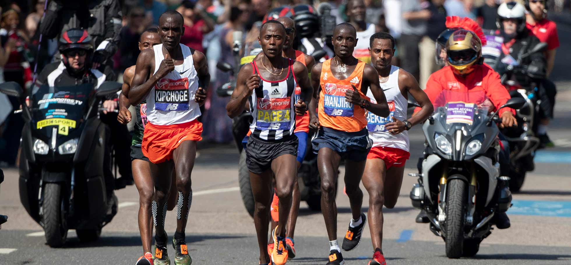 Morris Gachaga paces the 2018 Virgin London Marathon